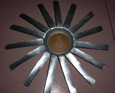 用易拉罐制作螺旋桨小飞机教程
