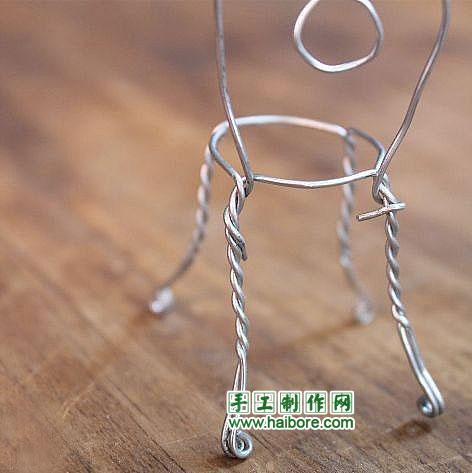 铁丝和易拉罐手工制作椅子