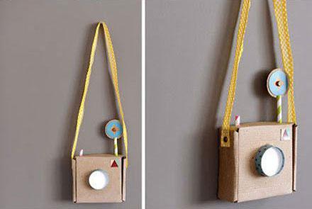 幼儿废旧利用手工:纸盒制作玩具照相机-儿童手-20kb