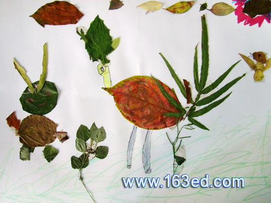 树叶粘贴画 孔雀与小孩