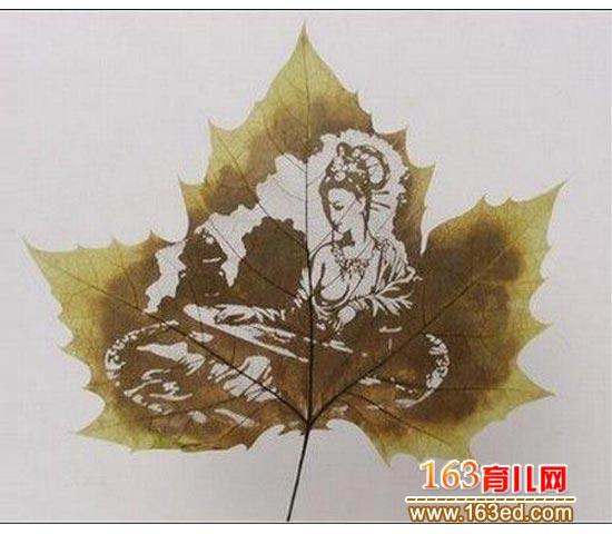 树叶雕刻画作品