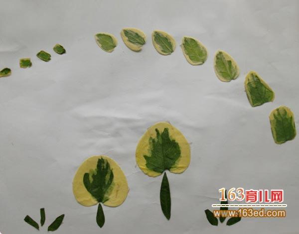 幼儿树叶粘贴画作品 空中的大雁